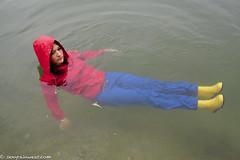 Little shiny red thing (61 pics) (sexyrainwear_dot_online) Tags: wellies rubberboots rainboots gummistiefel wetlook wetclothes raincoat rainjacket rainmac rainwear raingear regenmantel regenjacke regnjakke regnjacka sadetakki ciré cire imper imperméable impermeable chubasquero capadechuva レインコート 비옷 regntøj
