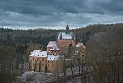 Burg Kriebstein (david_drei) Tags: kriebstein burg schloss märchenschloss castle schnee photoshop raben krähen sachsen grandbudapesthotel