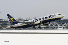 IMG_3765@L6 (Logan-26) Tags: boeing 7378as eifin msn 44701 ryanair riga international rix evra latvia airport aleksandrs čubikins snow winter