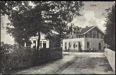 Postkrot fra Agder (Avtrykket) Tags: barn bolighus hus kvinne postkontor postkort vei grimstad austagder norway nor