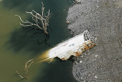CC2 (stevenjeremy25) Tags: ferromex ndem fnm fxe derailment hopper wagon railway railroad mexico river bridge
