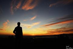 Se tu propio paisaje (Ismael Owen Sullivan) Tags: foto fotografia d5300 digital galicia vilagarcia arosa dark oscuridad oscuro shadow sombras travel españa photography clouds landscape horizont horizonte paisaje sun sunset