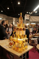 Pyramid of White Wines (sebastienvillain) Tags: savim marseille marseilles salon fujifilm fuji fujifeed xe2 xseries xf18mm wine vin wines vins white blanc
