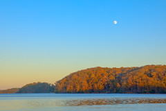 Sunset and moonrise (Yer Photo Xpression) Tags: ronmayhew canoneos5dmarkiv sunset fall moon lake lakelanier forsythcounty georgia water fantasticnature