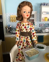 Happy Thanksgiving! (Foxy Belle) Tags: doll dollhouse miniature food thanksgiving potatoes mashed kitchen diorama 16 scale barbie tammy ideal