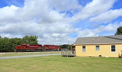 House with a view (GLC 392) Tags: house with view newly weds foods springdale ar arkansas missouri railroad railway train am alco c420 amrr 56 57 spur 11am switcher class act sky clouds cloud