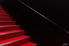 Paris_1018-116 (Mich.Ka) Tags: paris parismotorshow architecture escalier geometric geometrique graphic graphique interieur ligne line minimalism minimalisme parcdesexposition pattern portedeversailles red rouge salondelauto stairs