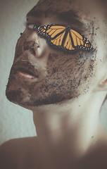 A CIEGAS (Realjmonroe) Tags: autorretrato retrato animales insectos portrait photo foto fotografia photography photographer photoshop photoshoot