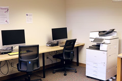 Bigelow Computer Lab (UWW University Housing) Tags: uww uwwhousing uwwhitewater uwwuniversityhousing residence residencehalls residencehall bigelowhall bigelow commonarea 2018 fall2018 computer computerlab printer computers