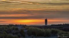Lighthouse Westhoofd at Sunset (BraCom (Bram)) Tags: 169 bracom bramvanbroekhoven goereeoverflakkee holland nederland netherlands ouddorp southholland vuurtorenwesthoofd zuidholland cloud duinen dunes helmgras landschap maintenance marramgrass onderhoud sand scaffold sky steiger sunset widescreen wolk zand zonsondergang nl