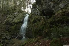 Cascade du Dard et sa grotte - Reugney (francky25) Tags: cascade du dard et sa grotte reugney franchecomté doubs