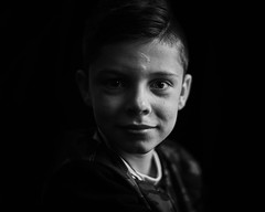 Siebe (B&W) (PascallacsaP) Tags: rembrandtlighting portrait portraiture mitakon 35mm f095 zhongyimitakonspeedmaster35mmf095markii monochrome blackandwhite bw bokeh shadow availablelight naturallight windowlight underexposure chiaroscuro