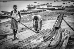 boat building with patience (andy_8357) Tags: varanasi boat building ganges ganga mother men outdoors street photography patience man workers sony ilcenex ilce6000 a6000 alpha 6000 blanco et noir sigma 60mm f28 art dn blac y negro uttar pradesh india river emount monochrome mono indian construction bw tools difficult worker manual laborer labor