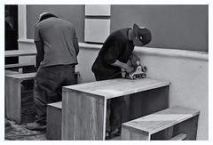 Fotografía Callejera (Street Photography) (Samy Collazo) Tags: pentaxauto1101978 pentax11024mmf28 pentaxmini pentax 110format formato110 smallformat formatopequeño sanjuan oldsanjuan viejosanjuan puertorico streetphotography fotografiacallejera bn bw