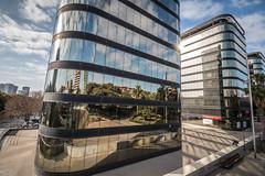 Barcelona y L´Hospitalet (efe Marimon) Tags: canoneos70d felixmarimon barcelona l´hospitalet frontera edificio cristal reflejo ciudad