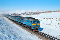 Locomotive 2M62MM-033 ... (N.Batkhurel) Tags: season winter sky snow 24120mm 2m62m railway railfan 1520 trains trainspotting transport passengertrain ngc nikon nikondf nikkor mongolia monrailpic