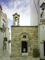 Puglia 2016-80 (walter5390) Tags: puglia apulia italia italy south sud meridione meridionale polignano mare chiesa chiesetta church campanile bell tower cielo azzurro blue sky architettura architecture