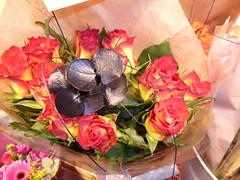 P1000697 (PeaTJay) Tags: panasonic lumixtz60 leica england uk gb royalberkshire reading lowerearley berkshire macro micro closeups gardens outdoors nature flora fauna plants flowers bouquet rose roses rosebuds