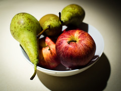 Apple n Pears (wibblefish) Tags: fruit bowl apples pears red green photovember