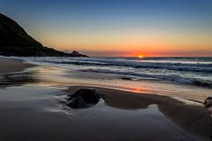 Nascer do sol na Prainha - Rio de Janeiro (mariohowat) Tags: nascerdosol amanhecer sunrise riodejaneiro prainha natureza canon brasil brazil