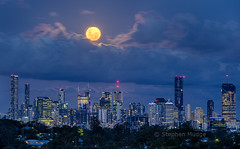 Perigee Full Moon over Brisbane (mudge.stephen) Tags: perigee full moon brisbane