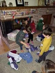 IMG_20181106_184119095 (ce_doit_etre) Tags: 2018 hazel birthday 7thbirthday mountainview robbie lincoln bellamy livingroom