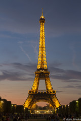 Torre Eiffel (jesussanchez95) Tags: paris ciudad city torreeiffel eiffeltower tower francia france sunset