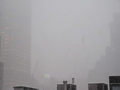 IMG_5026 (Brechtbug) Tags: 2018 november blizzard snow storm hells kitchen clinton near times square broadway nyc 11152018 new york city midtown manhattan snowing storms snowstorm winter weather building fog like foggy hell s nemo southern view ny1snow