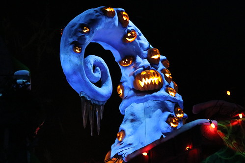 """Haunted Mansion Holiday • <a style=""""font-size:0.8em;"""" href=""""http://www.flickr.com/photos/28558260@N04/44226641210/"""" target=""""_blank"""">View on Flickr</a>"""