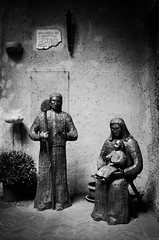 36500 - Holy family (Diego Rosato) Tags: sacra famiglia holy family statua statue chiesa church santa maria angely saint may angels nikon d700 50mm sigma rawtherapee bianconero blackwhite roma rome italy italia