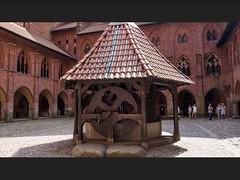 Marienburg Polen (Digigigi) Tags: well brunnen poland polen malbork marienburg