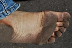 dirty city feet 165 (dirtyfeet6811) Tags: feet foot sole barefoot dirtyfeet dirtyfoot dirtysole blacksole cityfeet