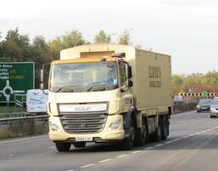 Lloyds animal feed DX65 LDU on the A5 at Shrewsbury (Joshhowells27) Tags: lorry daf cf dafcf lloydsanimalfeeds dx65ldu bulkblower animalfeed