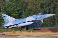 118 (103-YG), AMD Mirage 2000C Armee de l´Air @ Kleine Brogel EBBL (LaKi-photography) Tags: flugzeug plane avion jet aircraft fighter airbase airport airfield aeroporto aeropuerto flughafen flugplatz jagdflugzeug luftfahrt aviation aviación aviaciónmilitar military militär luftwaffe airforce forcaaerea armeedel´air frenchairforce самолет 航空機 аэропорт 空港 エアフォース ввс военновоздушныесилы dassault amd mirage mirage2000 havalimanı havakuvvetleri belgien belgique belgium kleinebrogel ebbl tigermeet