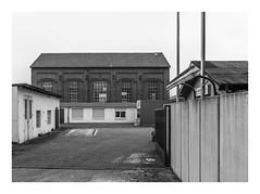 Die Stadt 273 (sw188) Tags: deutschland nrw westfalen ruhrgebiet dortmund schüren sw stadtlandschaft street bw blackandwhite bergwerk zeche bickefeld industrielandschaft