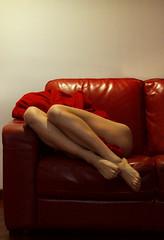 hide (Srta Holly) Tags: red sofa girl legs body nude photo potrait autoportrait selfportrait monocromatic canon