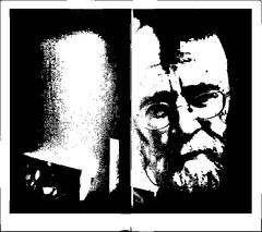 """""""Heureux les fêlés car ils laisseront passer la lumière """"Michel Audiard (busylvie) Tags: blackwhitepassionaward livre portrait lumière noircitude homme porte tristesse mélancolie monochrome blackandwhite"""