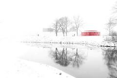 High Key Winter (Maria Eklind) Tags: castle fotosondag winter reflection spegling sweden negativyta snow highkey canal malmö fs190127 negativespace fog malmöhus kanal fotosöndag slott skånelän sverige se