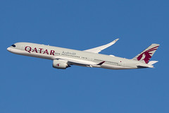 A7-ALY | Airbus A350-941 | Qatar Airways (cv880m) Tags: jfk kjfk kennedy aviation airliner airline aircraft airplane newyork jetliner airport a7aly airbus a350 359 350900 350941 qatar qatari qatarairways oryx swoosh
