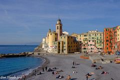I can't refrain from photographing such a beautiful place! (Gian Floridia) Tags: camogli ligure liguria beach case chiesa church colori coloured colours houses mare parish parrocchiale sea spiaggia metropolitancityofgenoa italy it