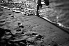 on the beach (hansekiki) Tags: mecklenburgvorpommern warnemünde strand beach squeezerlens volna3 sovietlens canon 5dmarkiii balticsea ostsee