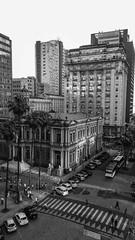 Centro Histórico (Claudio Arriens) Tags: portoalegre centro brasil pb bw prefeitura samsungj5 paçomunicipal centrohistórico riograndedosul southamerica américadosul