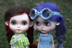 Cloudy Day Photo Shoot (Chassy Cat) Tags: rendezvous chouchou weepingbeauty alpaca reroot scalp doll custom customized blythe sbl chassycat licca ears goggles simplyguava chassyknits