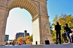 nirland d. cruz photography: autumn at the george washington arch in greenwich village, nyc (photo no. 1) (norlandcruz74) Tags: trees colors autumn fall season november 2018 norland cruz pinoy filipino american nikon dx d5100 ny nyc new york city manhattan leaf peeping greenwich village