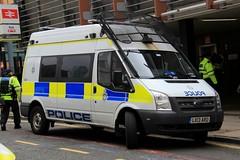 British Transport Police Ford Transit Public Order Van (PFB-999) Tags: british transport police btp ford trasnit public order van vehicle unit pov psu support lightbar grilles fendoffs leds lx13aro liverpool edl demonstration