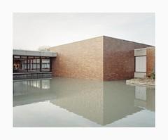 Cologne, 2019 (Darius Urbanek) Tags: 120 6x7 kodak mamiya7 portra400 analog architecture color film mediumformat cologne köln water