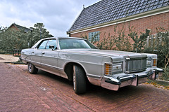 Mercury Grand Marquis 1977 (4571) (Le Photiste) Tags: clay mercurydivisionoffordmotorcompanydearbornmichiganusa mercurygrandmarquis cm 1975 mercurygrandmarquisseries53lmodel4doorpillaredhardtop oddvehicle oddtransport rarevehicle americanluxurycar franekerthenetherlands thenetherlands perfectview simplygrey afeastformyeyes autofocus aphotographersview artisticimpressions alltypesoftransport anticando blinkagain beautifulcapture bestpeople'schoice bloodsweatandgear gearheads creativeimpuls cazadoresdeimágenes carscarscars canonflickraward digifotopro damncoolphotographers digitalcreations django'smaster friendsforever finegold fairplay fandevoitures greatphotographers groupecharlie peacetookovermyheart clapclap hairygitselite ineffable infinitexposure iqimagequality interesting inmyeyes livingwithmultiplesclerosisms lovelyflickr lovelyshot myfriendspictures mastersofcreativephotography niceasitgets photographers prophoto photographicworld planetearthbackintheday planetearthtransport photomix soe simplysuperb slowride showcaseimages simplythebest thebestshot thepitstopshop themachines theredgroup transportofallkinds thelooklevel1red vividstriking wow wheelsanythingthatrolls yourbestoftoday simplybecause