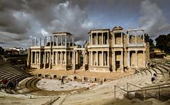 Anfiteatro de Mérida (Fernando Two Two) Tags: mérida emerita teatro teather amphiteather anfteatro extremadura roman romano ruins archeology arqueología antic antique
