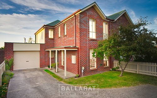 3 Bentley Pl, Ballarat East VIC 3350