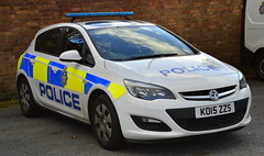 Durham Constabulary - KO15 ZZS (Chris' 999 Pics) Tags: durham constabulary vauxhall astra incident response vehicle policing irv 999 112 emergency law enforcement ko15zzs